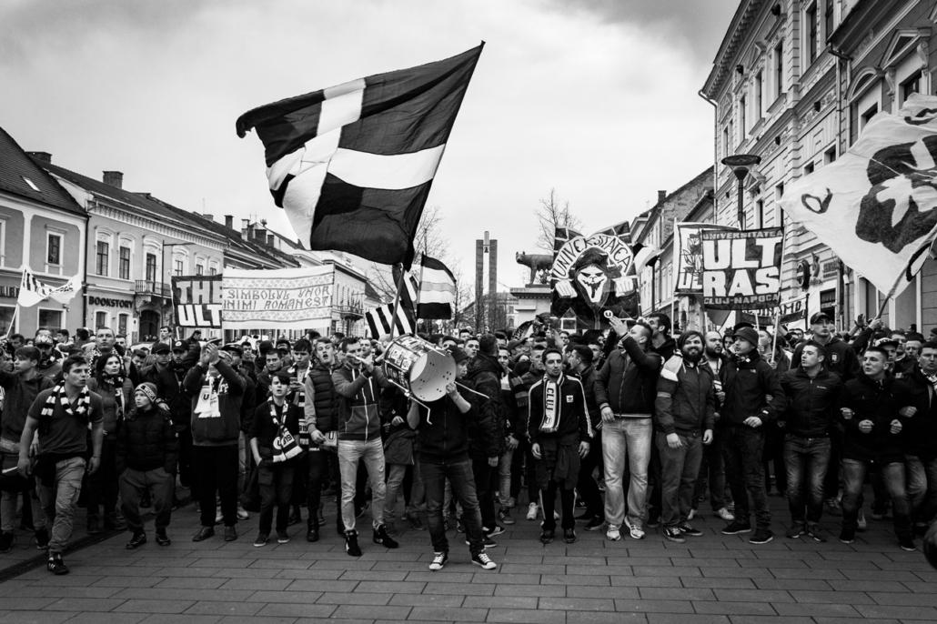 U Cluj protest. Going further. Cluj-Napoca, Romania.