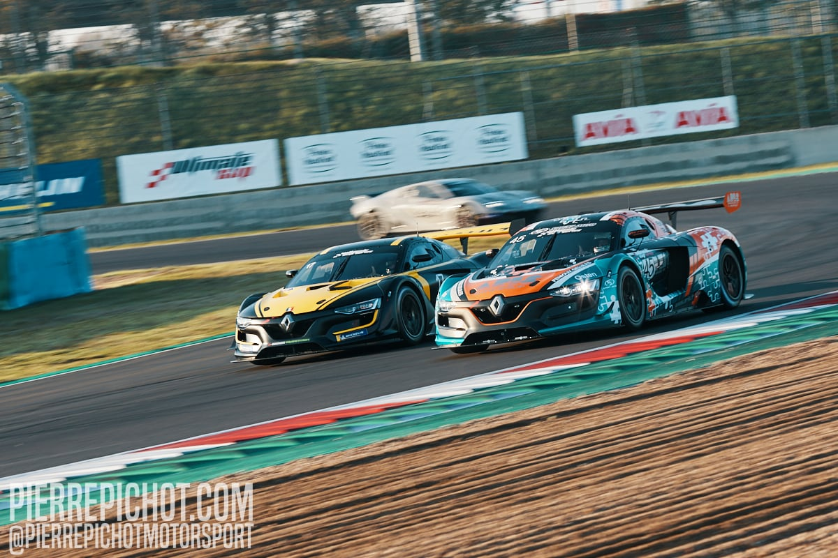 Renault RS01 - AB Sport Auto vs R-Breizh Competition Ultimate Cup Series - GT Endurance - Qualifications Circuit de Nevers-Magny-Cours, France, 2020.